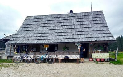 Bike tour Bled hut with local food
