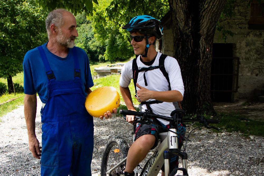 local bike guide