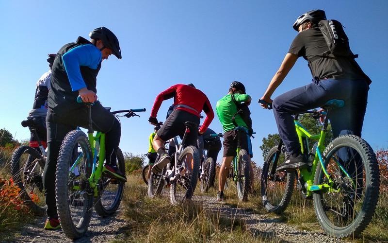 Trans Slovenija ebike - skupina na električnih kolesih