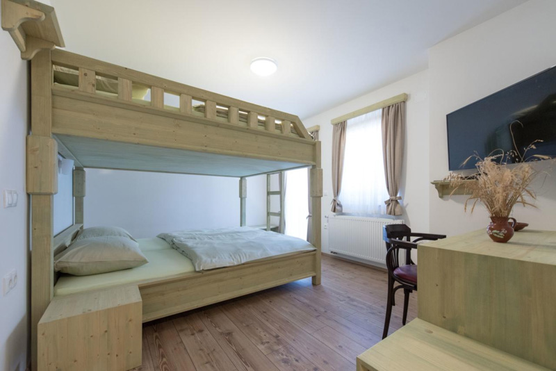 Macesen apartments bedroom