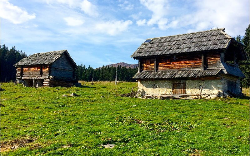 Cottages at bike tour Bled