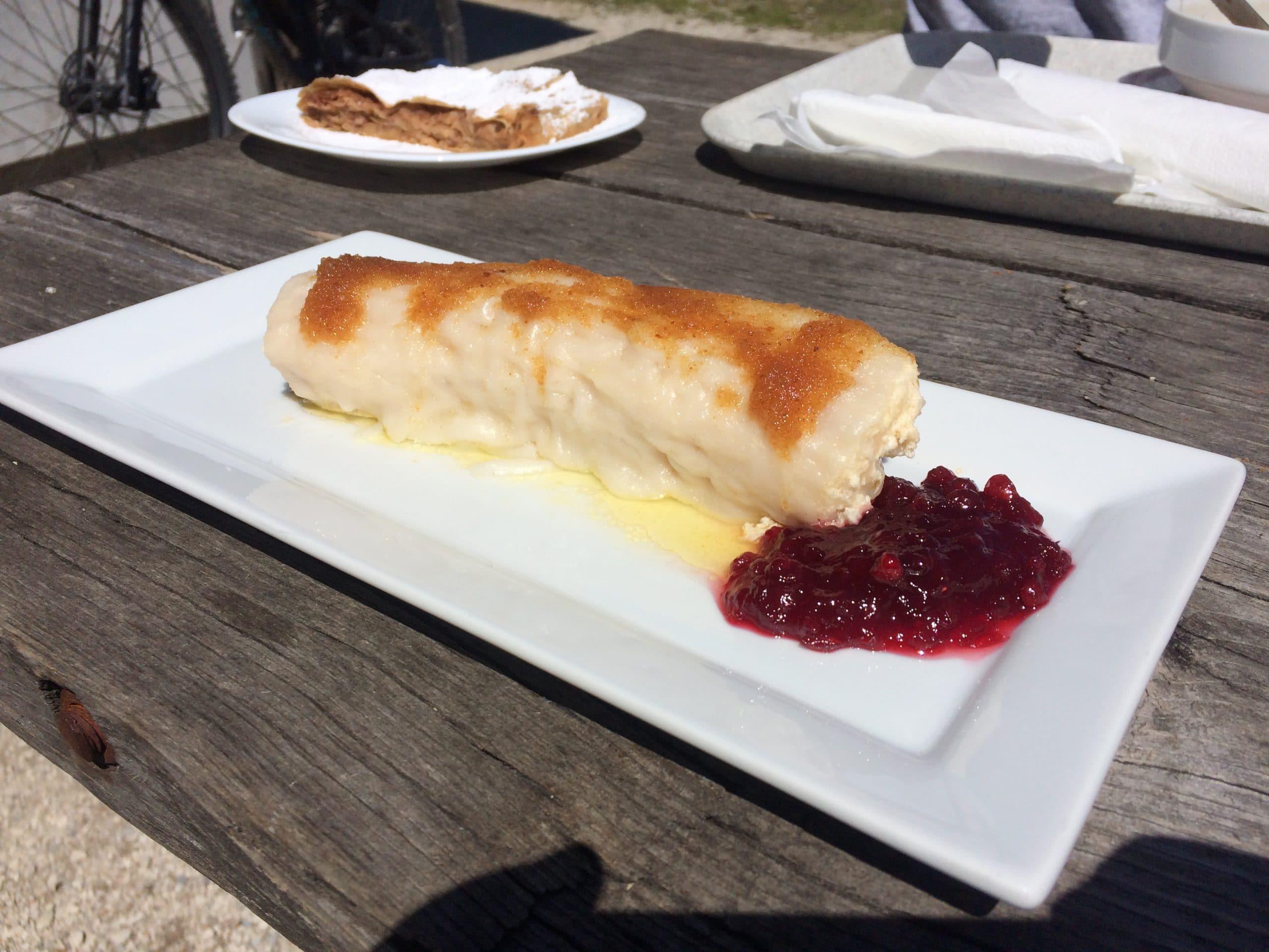 delicious Slovenian Štruklji