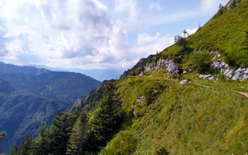 Slovenian e-bike holidays high up the mountain on an e-bike